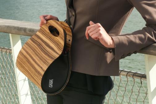 Kickstarter - logo 'Leon' op bag - design: ontwerpbureau VA | nieuws